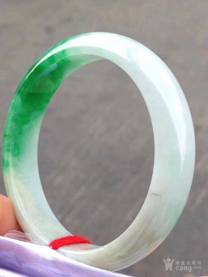 36 绿色手镯 价48000