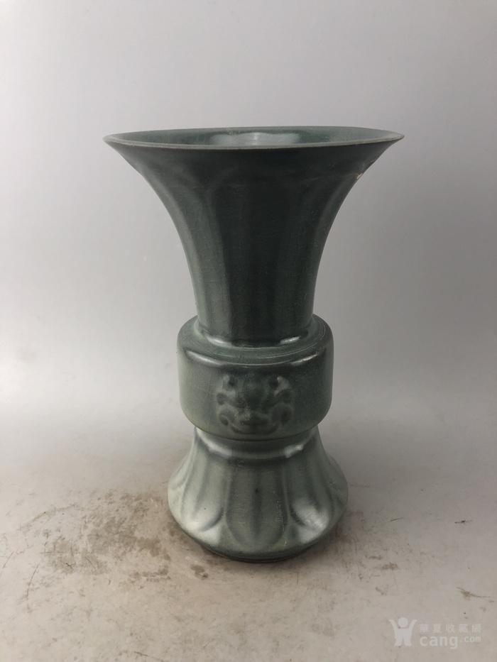 蓝釉兽面瓷瓶A5897