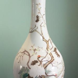 清代粉彩仙鹤胆瓶