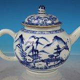 清康熙青花山水楼阁茶壶,高12.2cm,流到把17.5cm