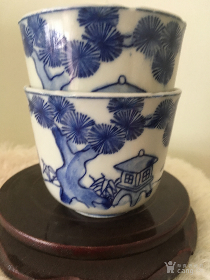 民国时期手绘青花人物杯一对 全品