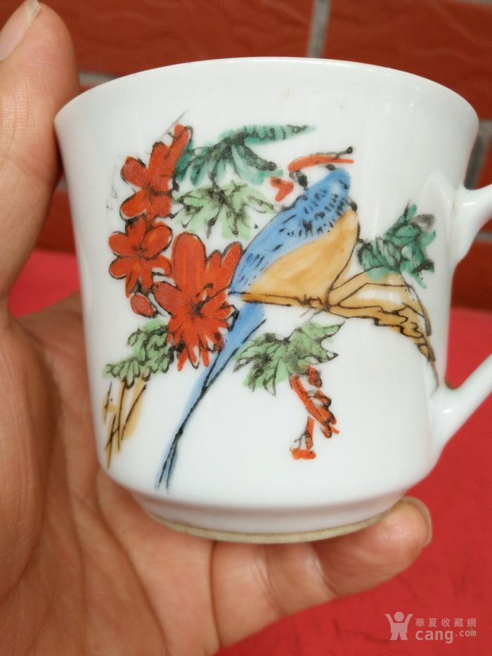 7 80年代景德镇手绘茶杯一对