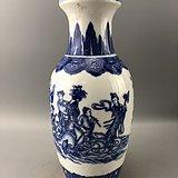 青花八仙瓷瓶A7043