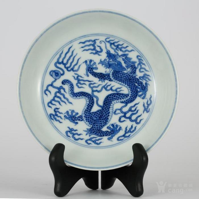 青花瓷盘子