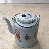 文革茶壶一个