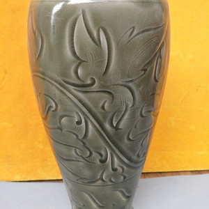 耀州窑大口瓶