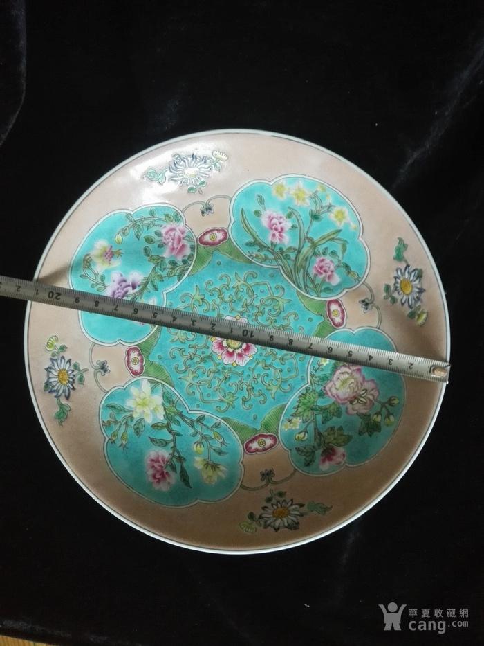 粉彩花卉盘