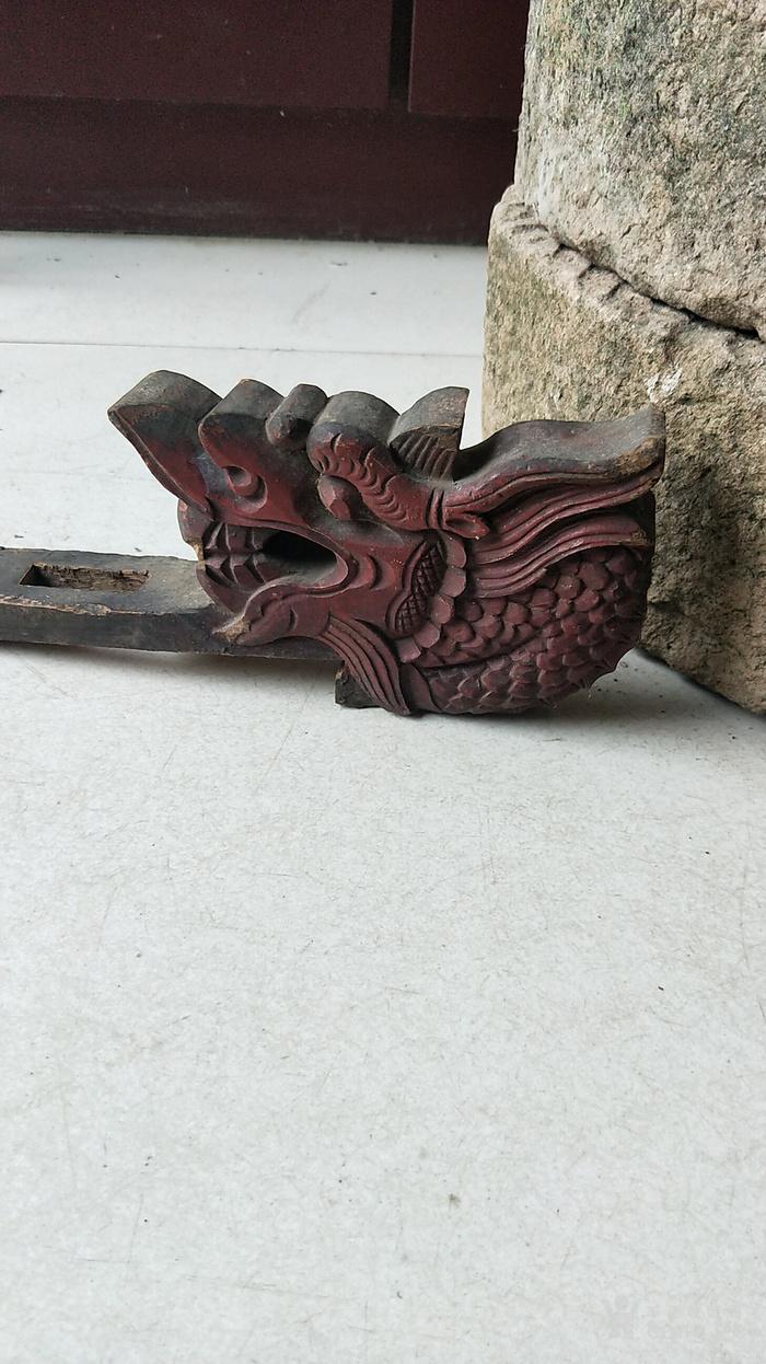 清代木雕龙头