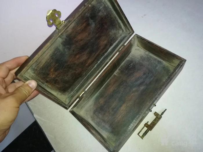 榫卯结构硬木盖盒