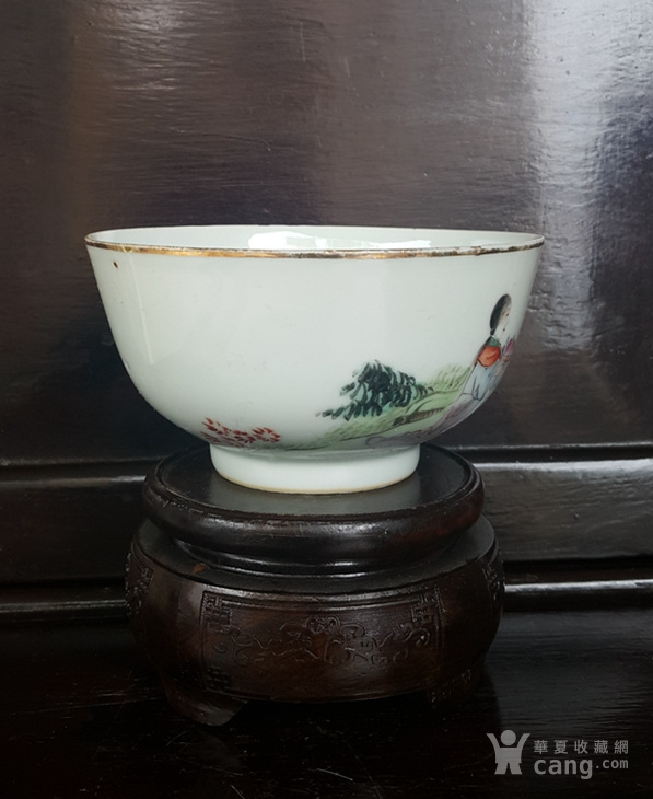 民�刖�品,麻姑庆寿粉彩碗。