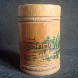 竹制茶叶罐。