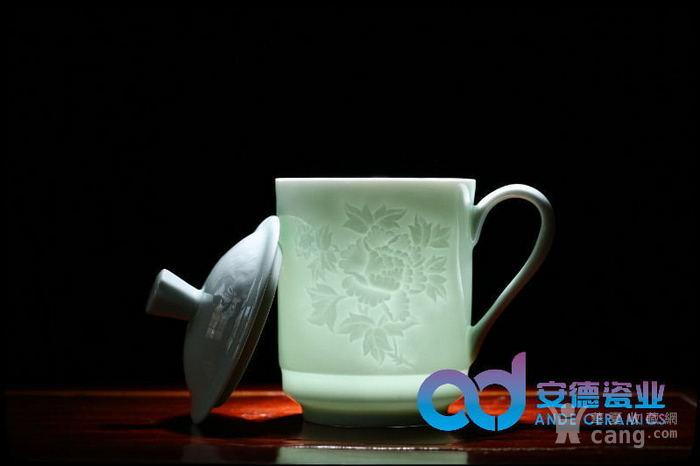 青釉雕刻图案陶瓷茶杯厂家定制批发