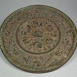 老黄铜带沁海兽葡萄大圆铜镜