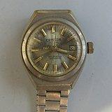 瑞士两块手表当配件卖