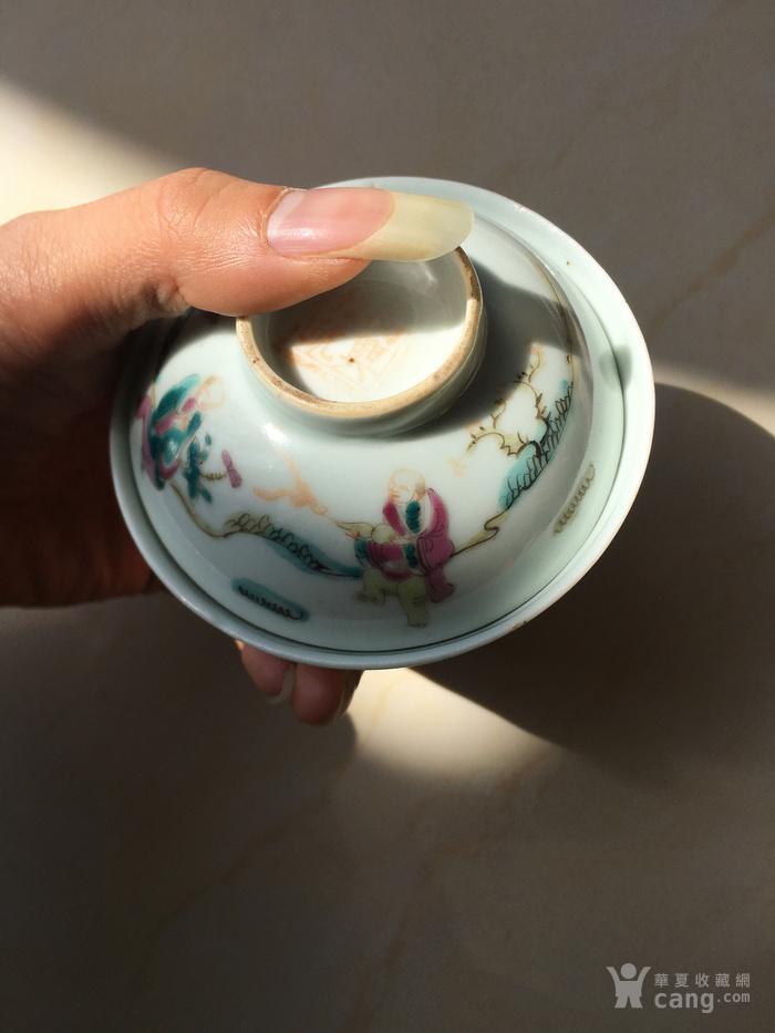 清代寓意好带双款五彩人物茶盖碗图2