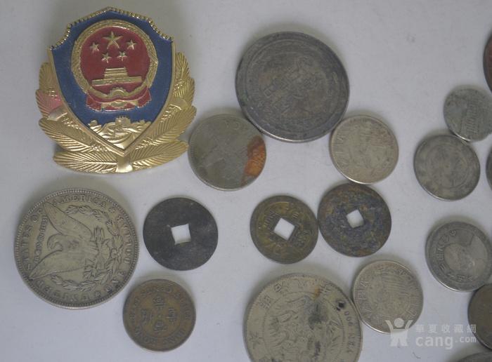 精品钱币章一堆
