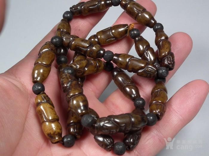 地方玉买黑沁通天孔玉人珠穿的手串图3