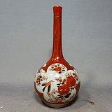 清代矾红加彩花鸟开窗绘画天球瓶