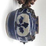 青花堆塑小罐