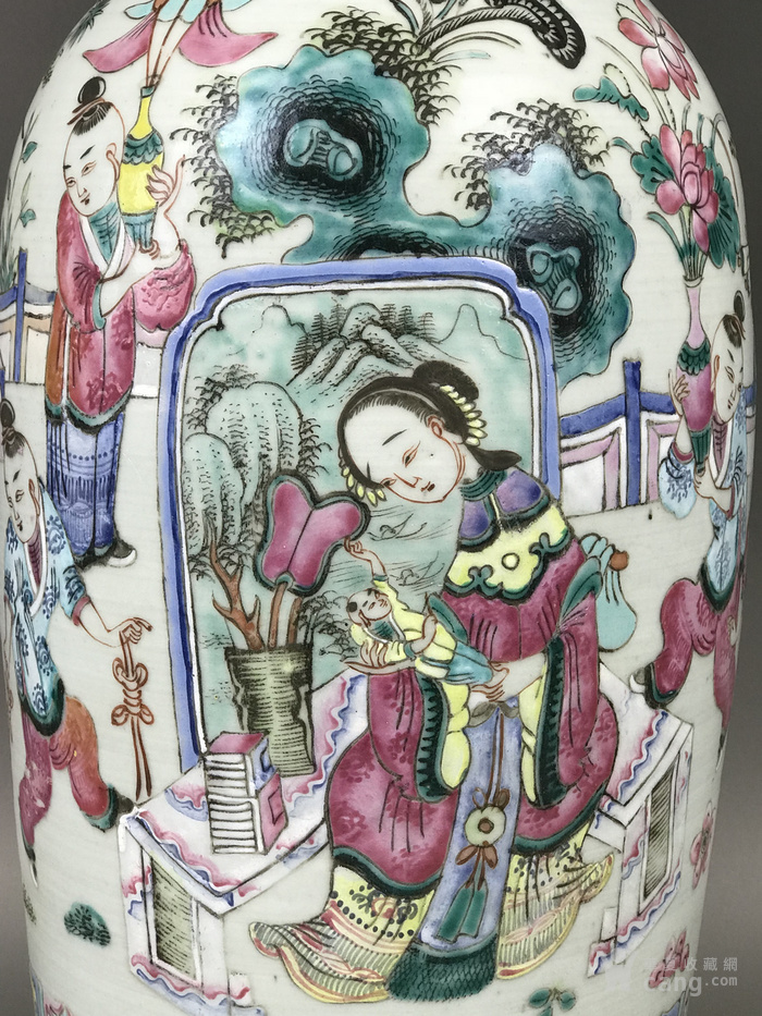 包老 晚清细路粉彩婴戏人物图纹300件大赏瓶