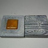 几十年的老坑寿山小田黄印章配青石盒子一套