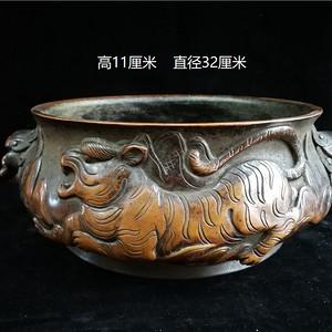 铜狮耳香炉