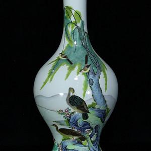 清雍正珐琅彩花鸟纹瓶 31.5  215 14.5