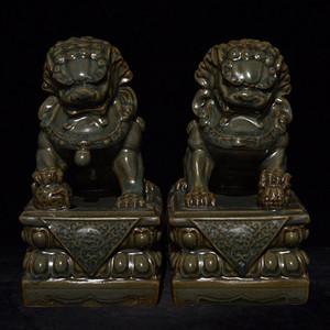 瓷器 龙泉窑狮子镇纸压尺