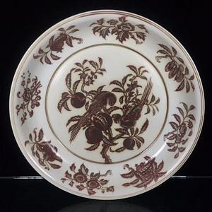 瓷器 釉里红鹦鹉硕果花卉大盘