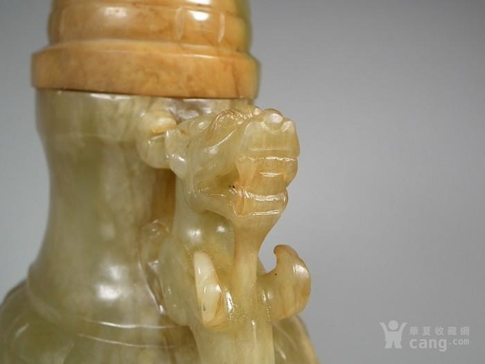 老和田青玉带红沁双龙竹编纹大玉瓶图4