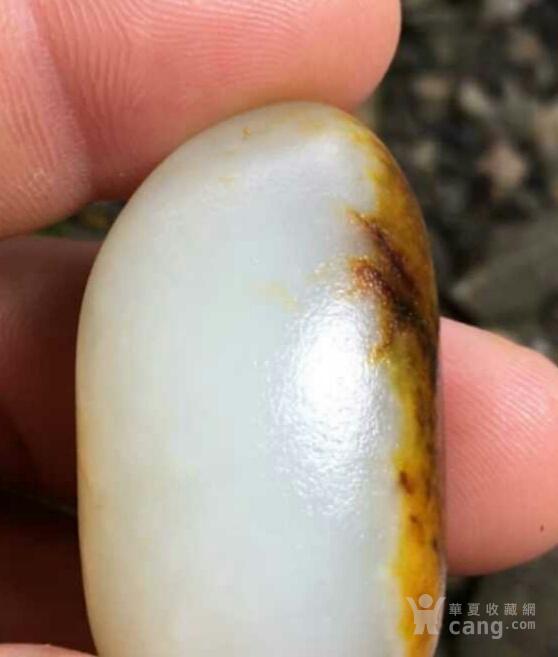 和田玉籽料独籽玩籽一枚