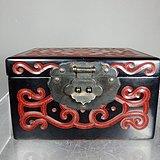 清代剔红云纹漆器雕刻题词四方漆盒