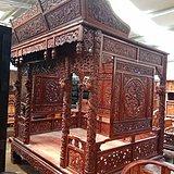 古玩古董花梨六柱雕龙架子床