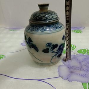 晚清青花花卉罐