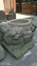 老石狮子,雕工精湛