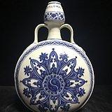 老青花花卉抱月瓶111888