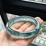 玻璃种飘花翡翠手镯59克56.6x13.5x8.7MM