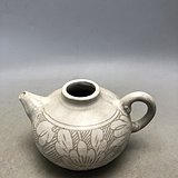 白釉花卉瓷壶C0219