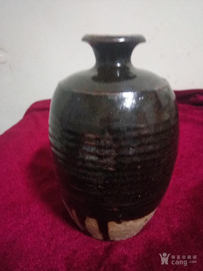 金  黑釉嘟噜瓶图1