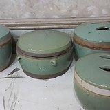 四个绿釉白泥罐 全品