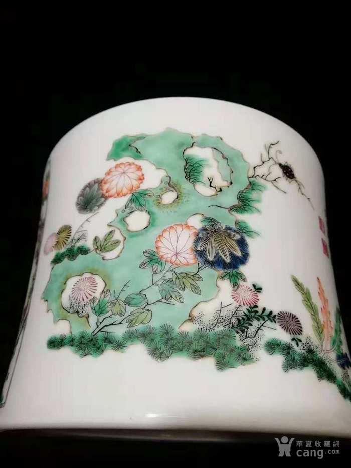 粉彩花鸟笔筒