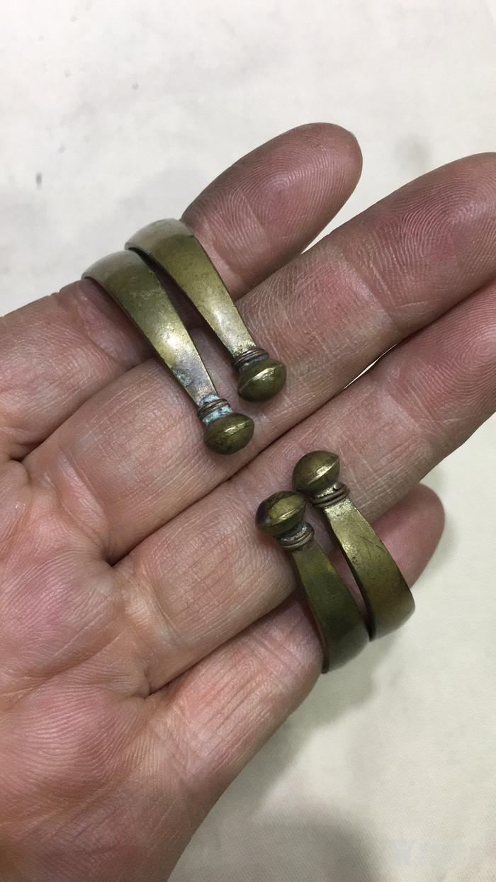 老铜手镯一对