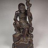 老酸枝木高浮雕执杖罗汉大坐像