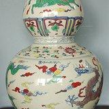 龙纹葫芦瓶