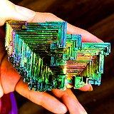 年末福利!6元克价稀有彩虹铋晶体高纯度高质量金属铋矿石摆件