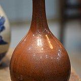 清代棕色蒜头瓶
