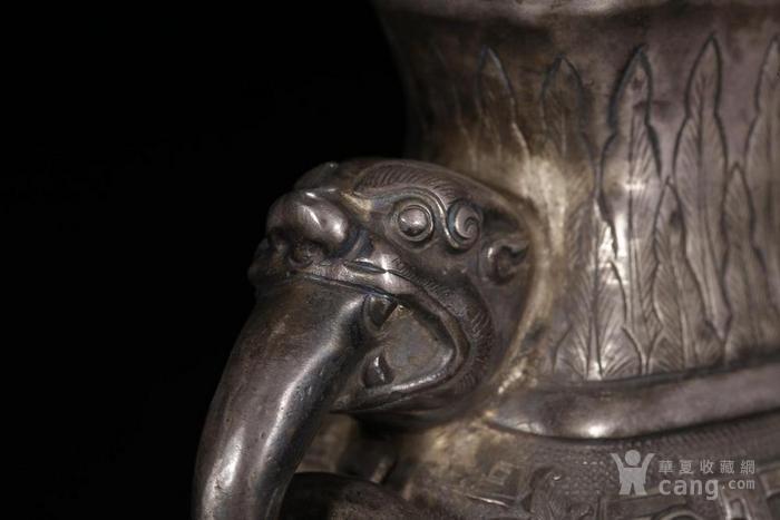 清代:银制回纹卷草宝相花双狮耳瓶