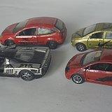 四台旧金属模型车
