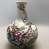 粉彩花鸟瓷瓶A0099