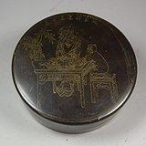 老黄铜人物纹大圆墨盒